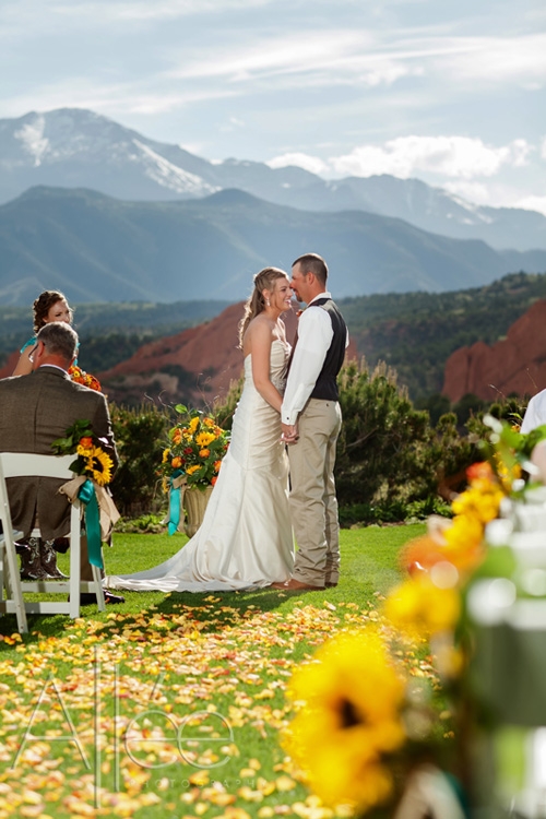 Colorado Country Wedding | Denver Wedding Photographer